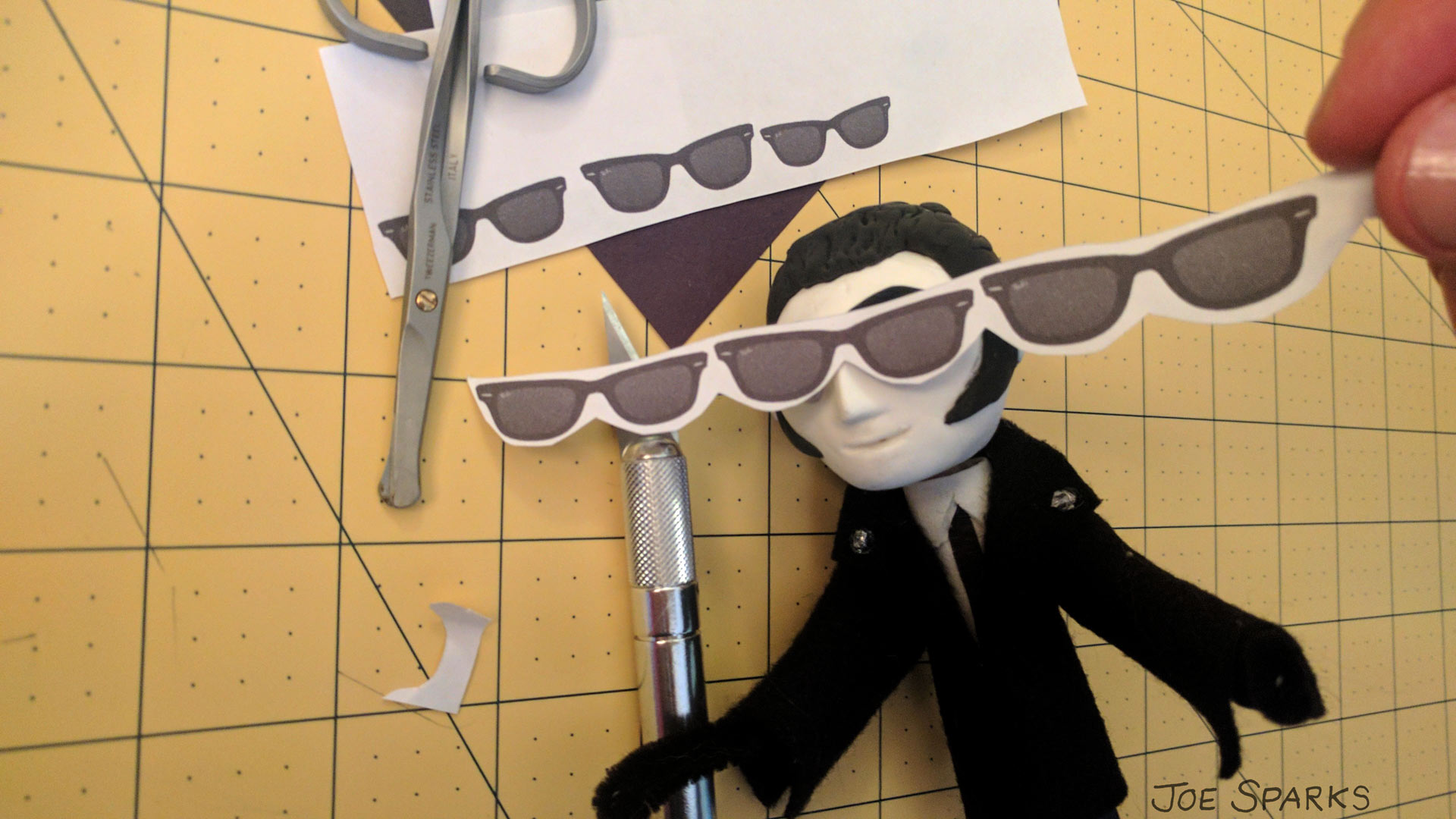 Puppet Sunglasses